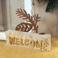 Welcome Door Stop: Pinecone